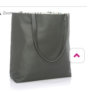 Thirty-one around town tote in grey leather